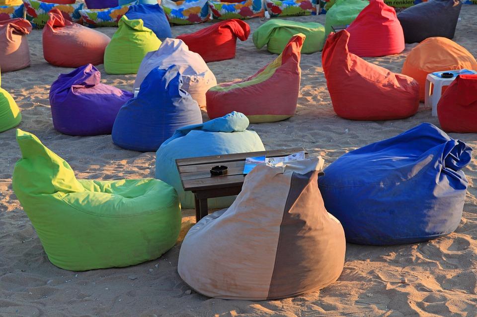 barevné sedací vaky