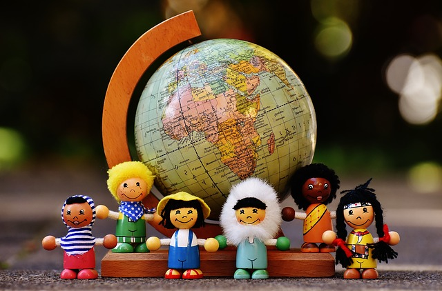 různé národnosti